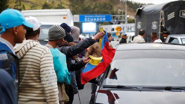 Migrantes venezolanos en la frontera entre Colombia y Ecuador - Sputnik Mundo
