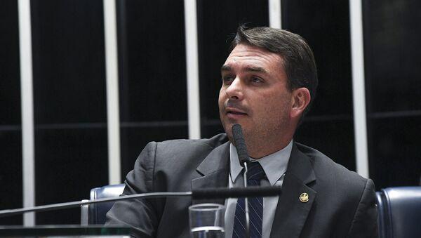 Flávio Bolsonaro, hijo de Jair Bolsonaro y senador de Brasil - Sputnik Mundo