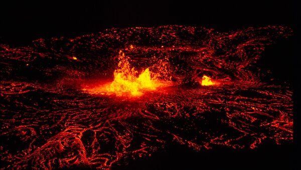 Lava volcánica (archivo) - Sputnik Mundo
