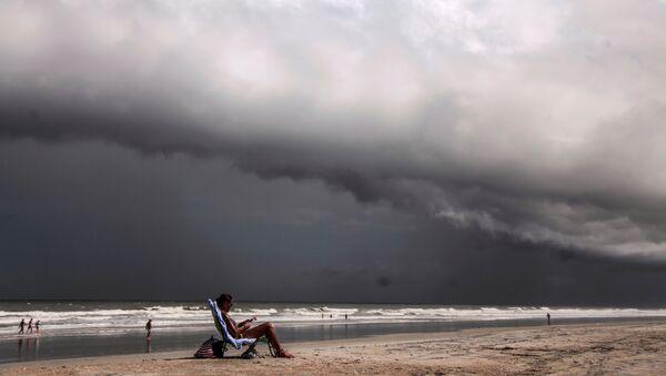 La llegada del huracán Dorian a las costas estadounidenses - Sputnik Mundo