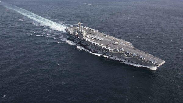 El portaviones USS Abraham Lincoln (CVN-72) de la Armada de Estados Unidos - Sputnik Mundo