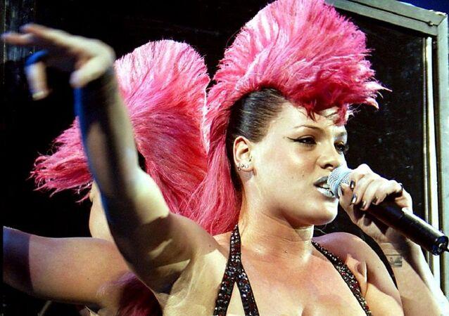 Pink, cantante estadounidense