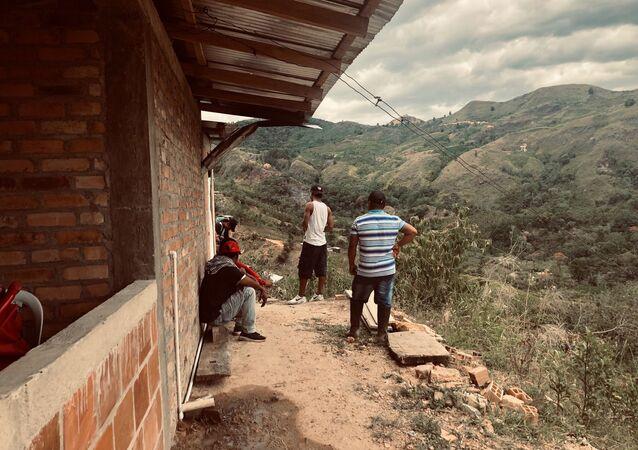 Campesinos cocaleros en la vereda La Independencia
