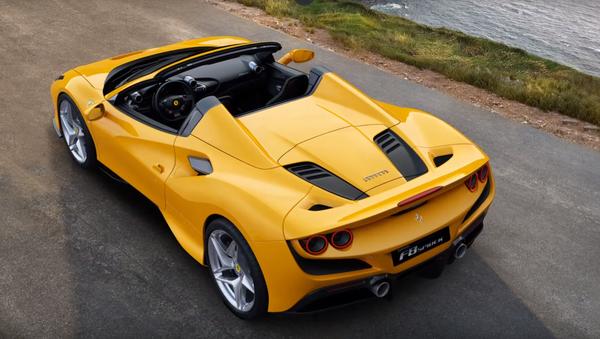 La parte trasera del nuevo V8 de Ferrari descapotable - Sputnik Mundo