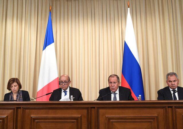 La reunión de los ministros de Exteriores y de Defensa de Rusia y Francia