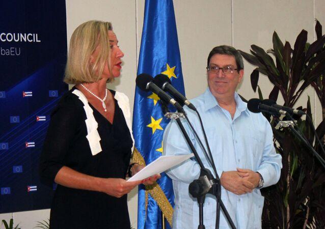 Federica Mogherini, Alta Representante de la UE, junto al canciller de Cuba Bruno Rodríguez Parrilla