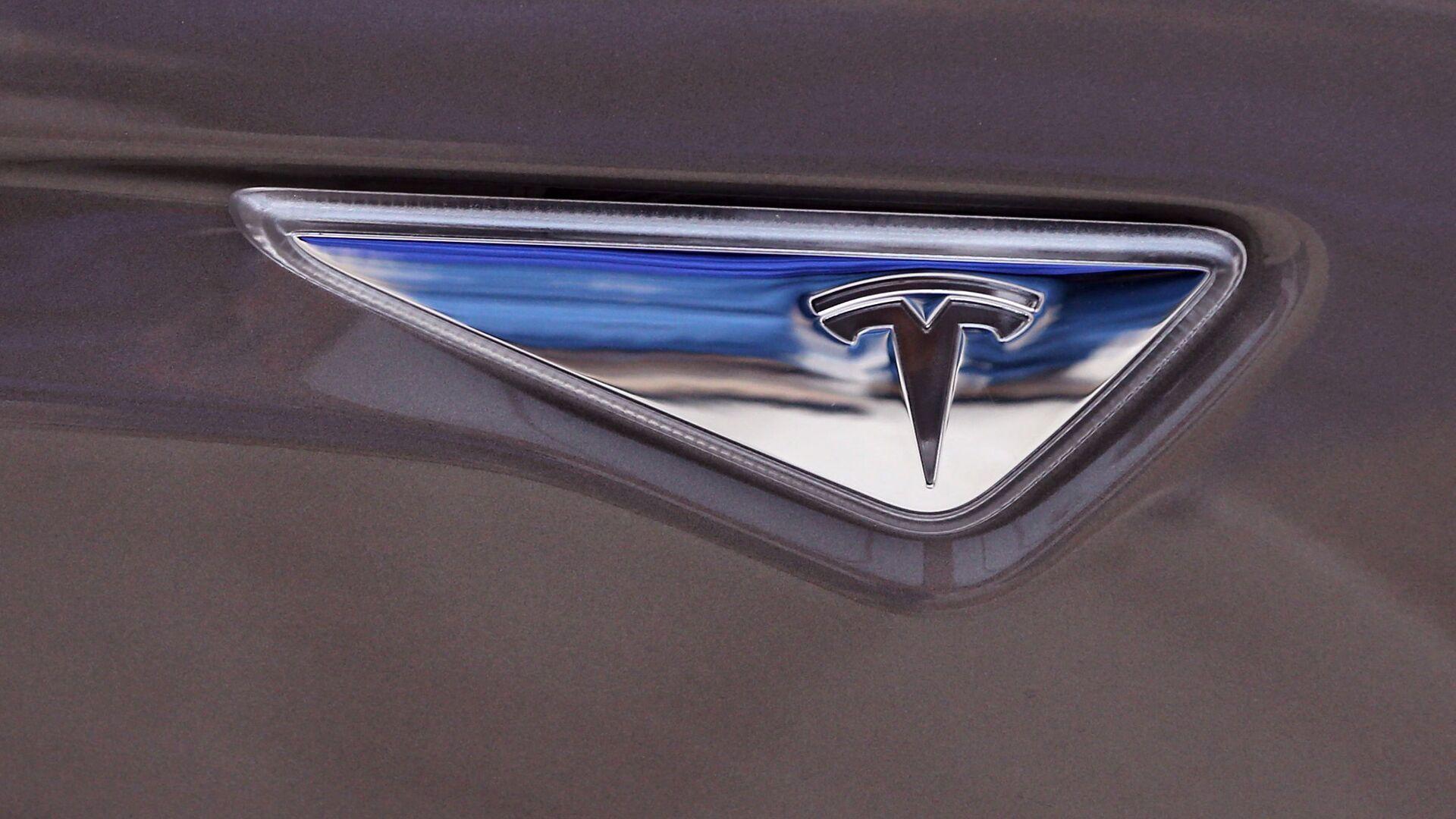 El logo de Tesla Motors - Sputnik Mundo, 1920, 21.05.2021