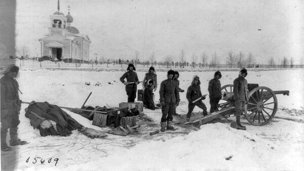 Soldados estadounidenses en el norte de Rusia, 1919 - Sputnik Mundo