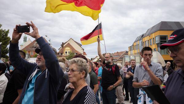 Los partidarios de AfD durante las elecciones en Brandenburgo y Sajonia, Alemania - Sputnik Mundo