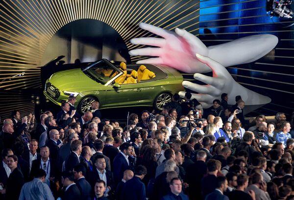 Lo último de los mejores autos en el Salón Internacional del Automóvil de Fráncfort - Sputnik Mundo