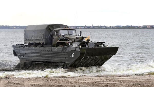 Transportador flotante del Ejército de Mongolia - Sputnik Mundo