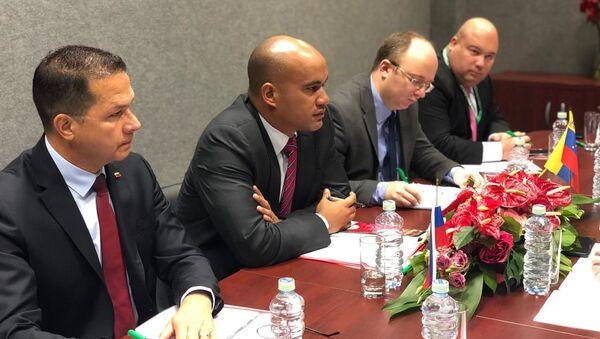 Héctor Rodríguez, gobernador del estado Miranda y miembro de la delegación gubernamental en las conversaciones - Sputnik Mundo