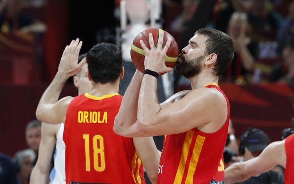 Parte de la selección española minutos antes de ganar el Mundial de baloncesto 2019 - Sputnik Mundo