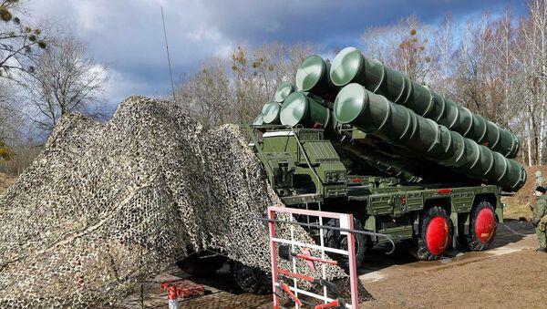 Los sistemas antiaéreos S-400 - Sputnik Mundo