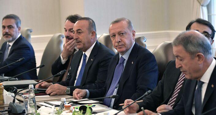 Delegación turca, presidida por el presidente Recep Tayyip Erdogan,  en el encuentro tripartita en Ankara, el 16 de agosto de 2019