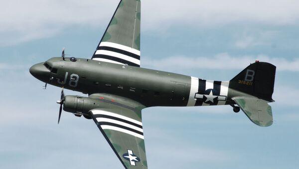 Avión Douglas C-47 (imagen referencial) - Sputnik Mundo