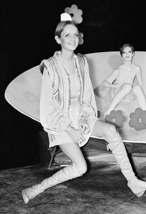 Twiggy, la legendaria modelo que se convirtió en un símbolo de los años 60     - Sputnik Mundo