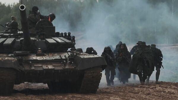 Juegos miliatres tácticos en Rusia - Sputnik Mundo
