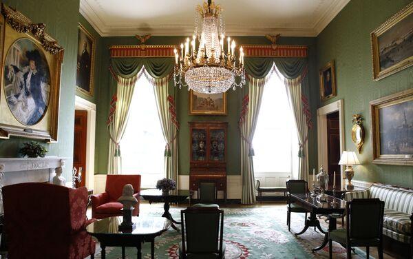 La Sala Verde de la Casa Blanca tras una remodelación coordinada por la primera dama de Estados Unidos, Melania Trump - Sputnik Mundo