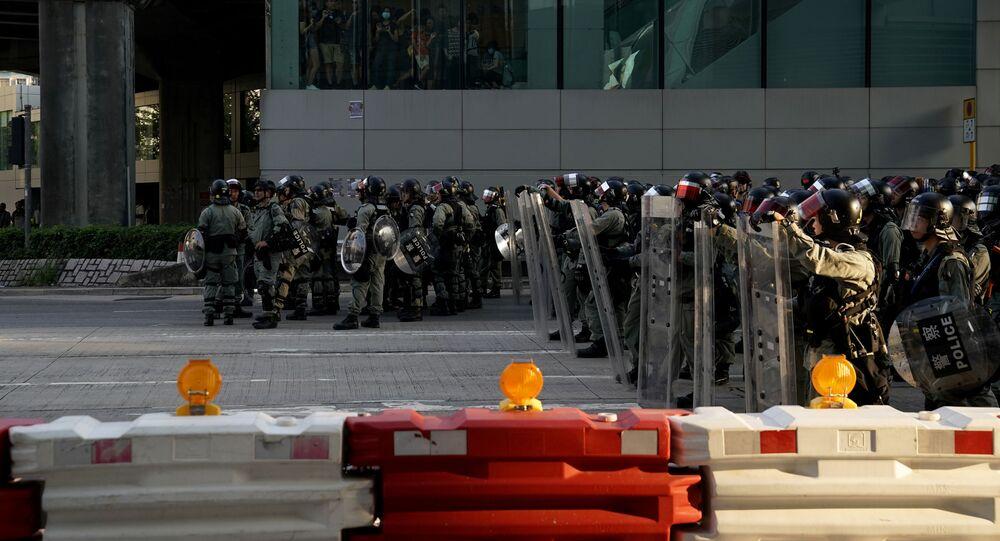Policía de Hong Kong durante las protestas