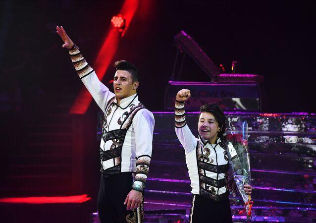 El dúo colombiano, Martinez Bros, vencedores del VII Festival Internacional de Arte Circense Idol