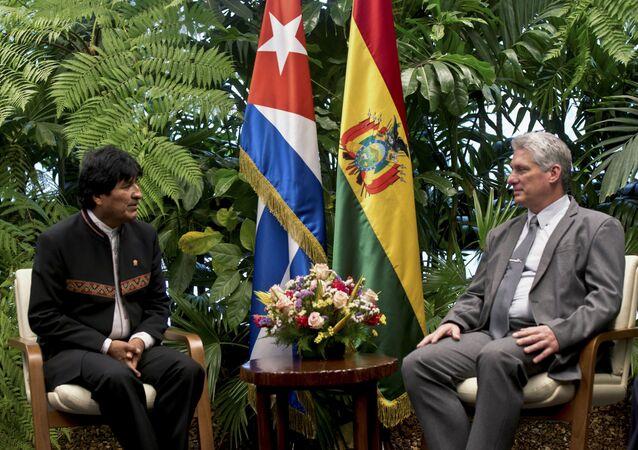 El presidente de Bolivia, Evo Morales y el presidente de Cuba, Miguel Díaz-Canel