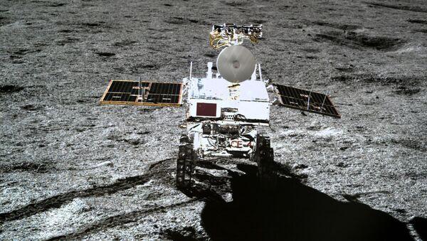 El vehículo lunar chino Yutu 2 - Sputnik Mundo