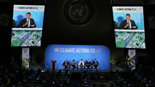 El presidente del Gobierno español en funciones, Pedro Sánchez, da un discurso durante la primera jornada de la Cumbre sobre Acción Climática en Nueva York - Sputnik Mundo