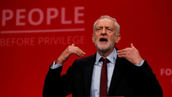 Jeremy Corbyn, el líder de la oposición británica - Sputnik Mundo