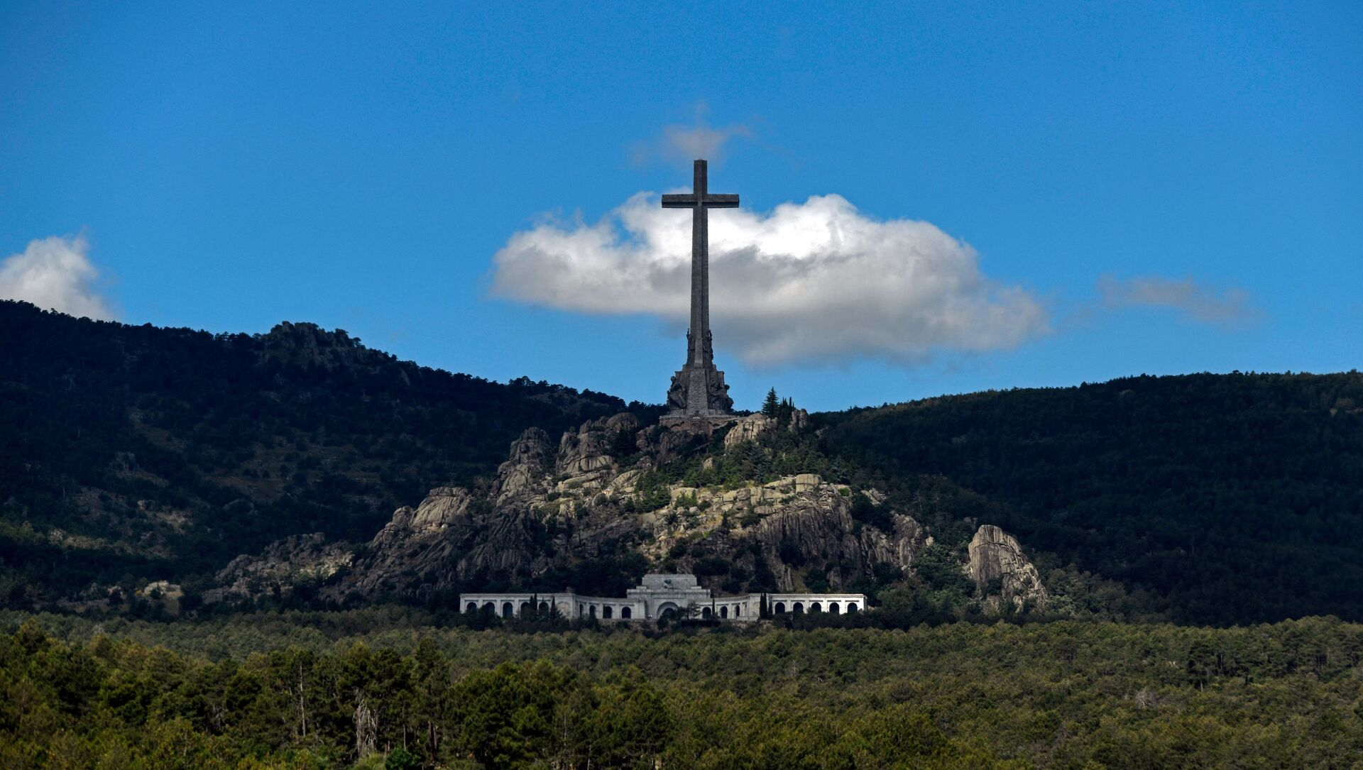 El Valle de los Caídos, España - Sputnik Mundo, 1920, 24.09.2019