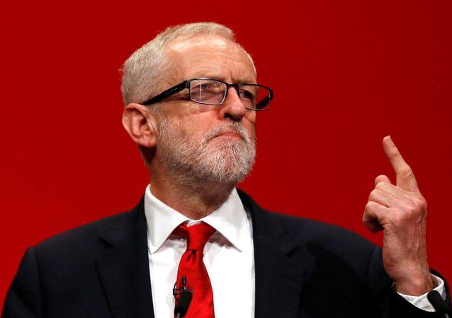 El líder de la oposición en el Reino Unido, Jeremy Corbyn