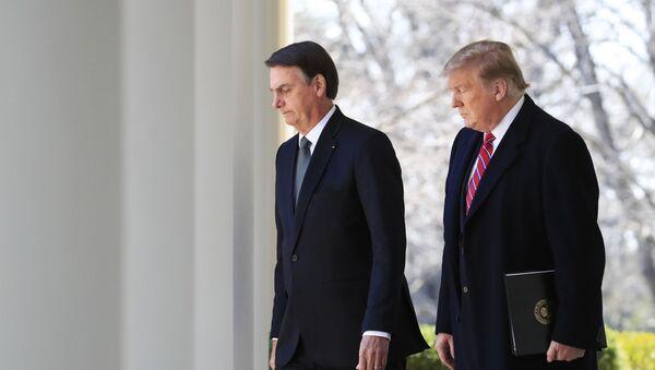 Los presidentes de Brasil y EEUU Jair Bolsonaro y Donald Trump - Sputnik Mundo