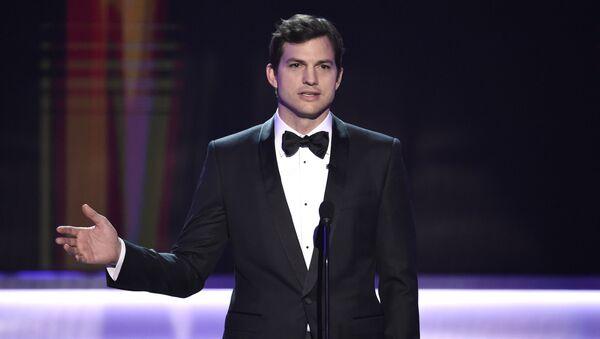Ashton Kutcher, el actor estadounidense - Sputnik Mundo