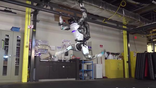 El robot Atlas, de Boston Dynamics - Sputnik Mundo
