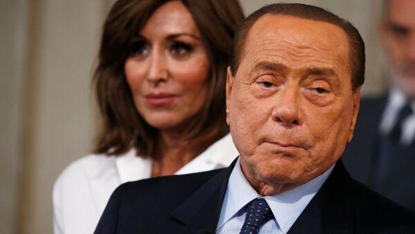 Silvio Berlusconi, el ex primer ministro de Italia - Sputnik Mundo
