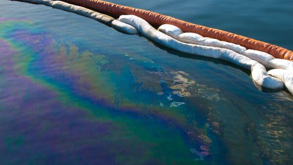 Derrame de petróleo (imagen referencial) - Sputnik Mundo