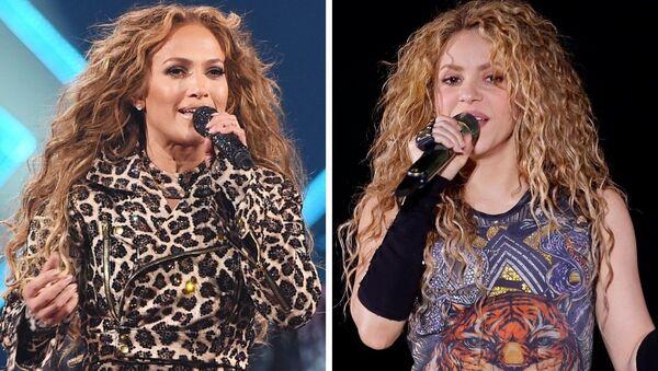 Las cantantes Jennifer Lopez y Shakira - Sputnik Mundo