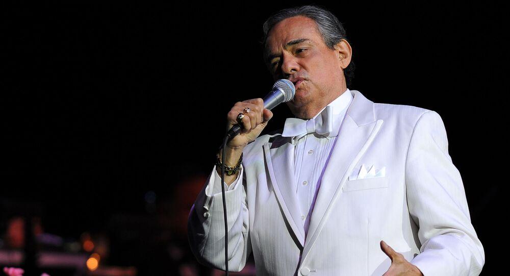Jose Jose, cantante mexicano