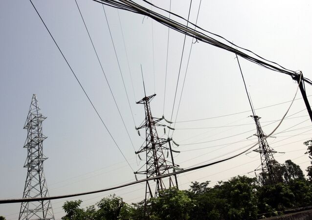 Líneas de electricidad en Vietnam, imagen referencial