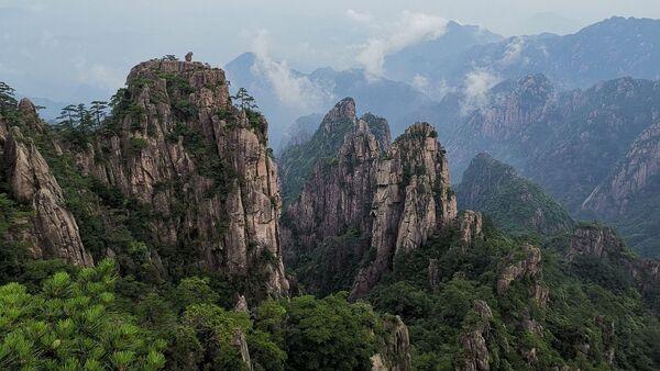 Unas montañas chinas, referencial - Sputnik Mundo