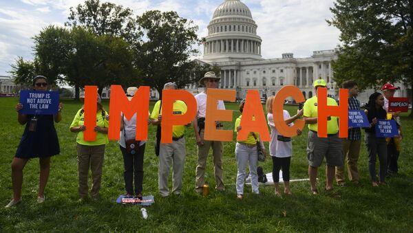 La campaña a favor del 'impeachment' de Donald Trump en Washington, EEUU  - Sputnik Mundo