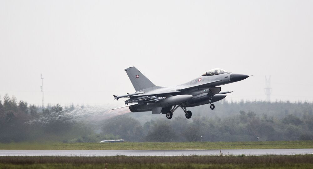Un F-16 de Dinamarca