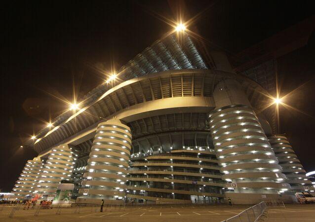 El estadio San Siro en Milán, Italia