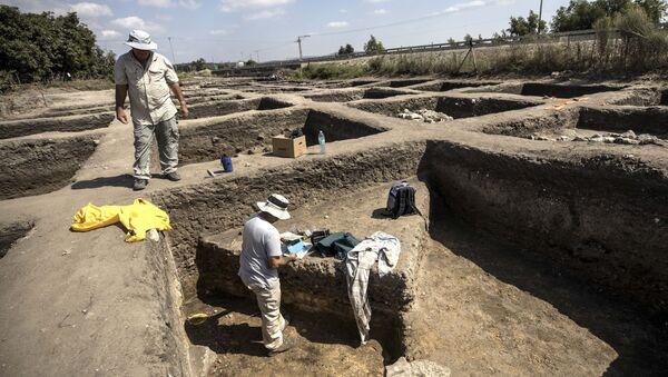 Ciudad de 5.000 años de antigüedad hallada en Israel - Sputnik Mundo