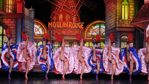 Moulin Rouge 2010 - Sputnik Mundo