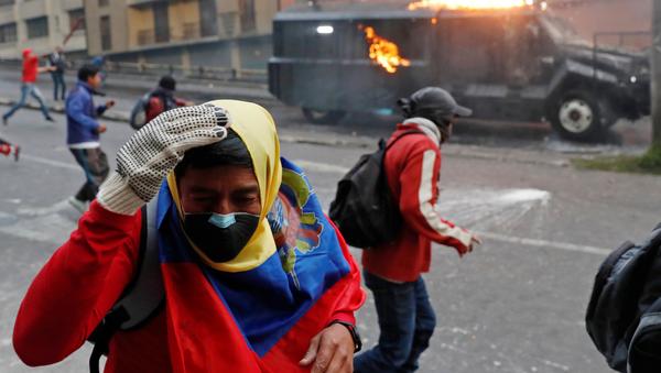 Protestas en Quito, Ecuador, contra las medidas económicas de Lenín Moreno - Sputnik Mundo