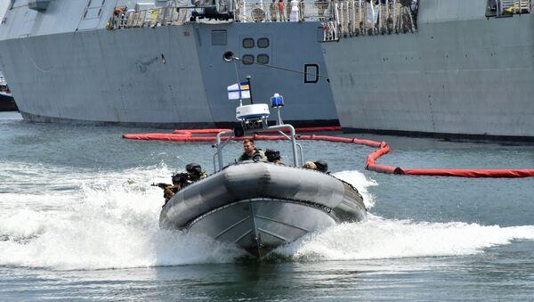 Militares participan en los ejercicios internacionales Sea Breeze 2019 celebrados en Odesa - Sputnik Mundo