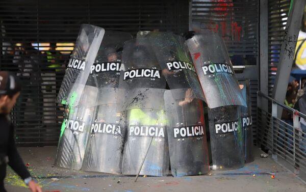 Disturbios en la Plaza de Bolívar en Bogotá - Sputnik Mundo