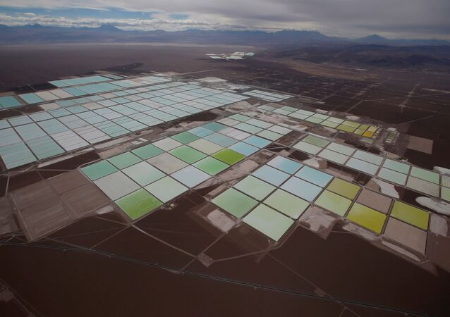 Piscinas de litio de SQM en Atacama, Chile
