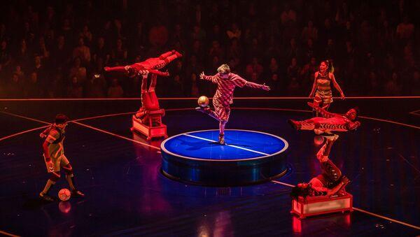 'Messi10' del Cirque du Soleil - Sputnik Mundo